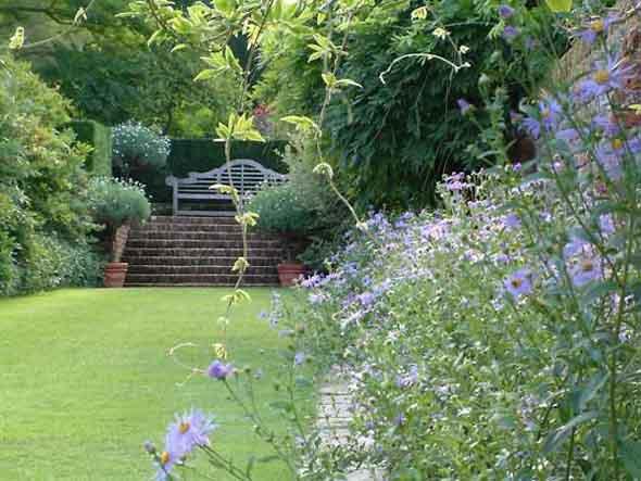 Najlepse baste dvorista i parkovi - Page 2 Aug01_13_n